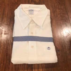 Slim fit Excellent Brooks brothers white oxford!